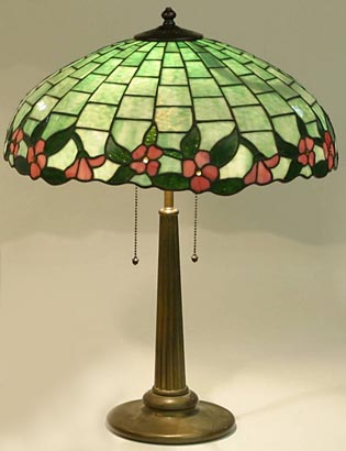 Bigelow, Kennard & Company, Floral Border Lamp