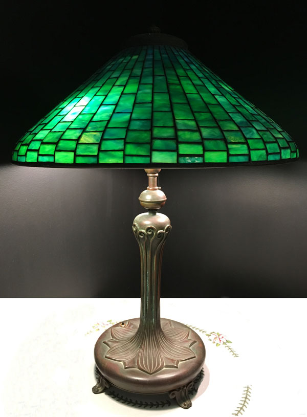 American Green Geometric Table Lamp
