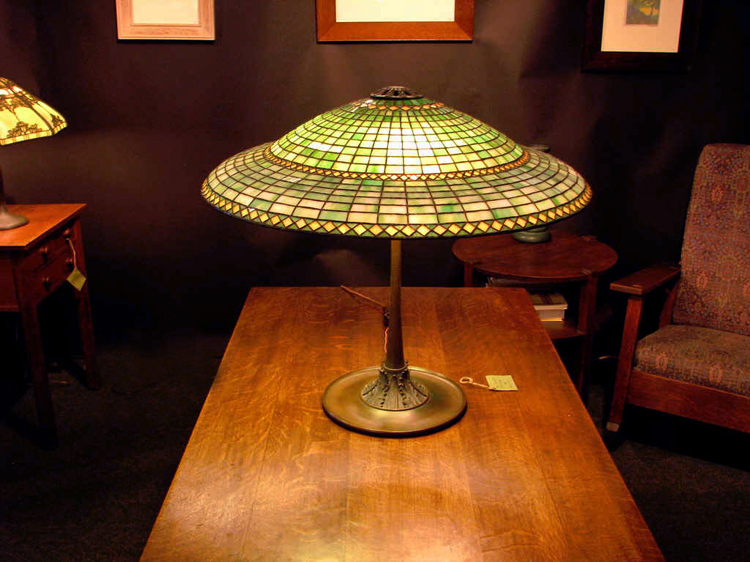 Suess Ornamental, Chicago Geometric Table Lamp