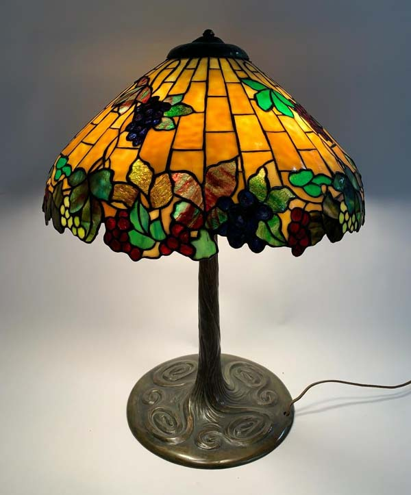 Colonial Art Glass Company, Chicago. Grape Table Lamp
